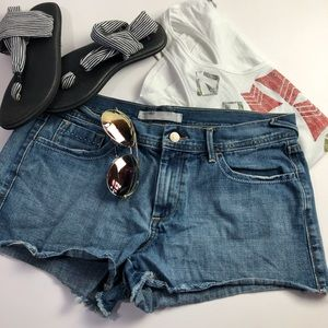 Old Navy.Mid Rise Jean Fringed Shorts🐚